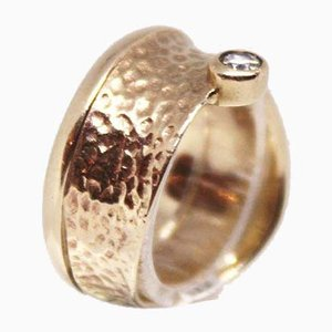 Hammered Ring of 8 kt Gold Decorated with Zirko from JAA