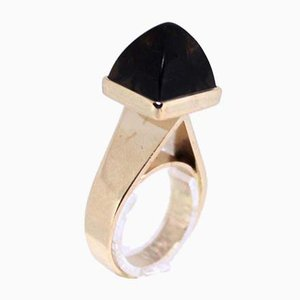 14kt Gold Ring Decorated with Topaz