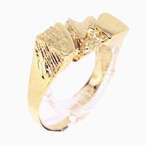Anello in oro 14 kt decorato con un motivo dorato