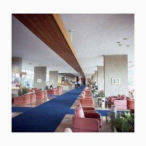 Retro Hotel Lobby aus den 1970er Jahren Limited Edition, 1975