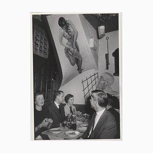 Paris Latin Quarter, 1955