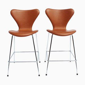 Cognac Leather Model 3187 Barstools by Arne Jacobsen for Fritz Hansen, 2019, Set of 2