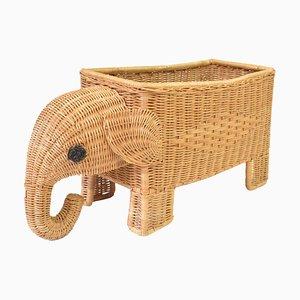 Elefante Mid-Century de ratán para plantas y revistas, años 60