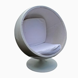 Vintage Adelta White Fiberglass Ball Chair in the Style of Eero Aarnio