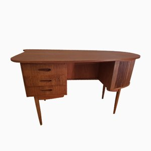Danish Kidney Shaped Teak Desk, 1960s