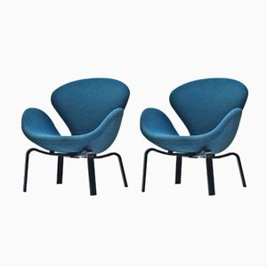 Swan Chairs by Arne Jacobsen for Fritz Hansen, 1969, Set of 2