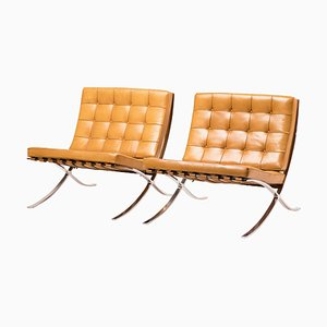 Cognac Leather Barcelona Chairs by Ludwig Mies van der Rohe for Knoll, 1960s, Set of 2