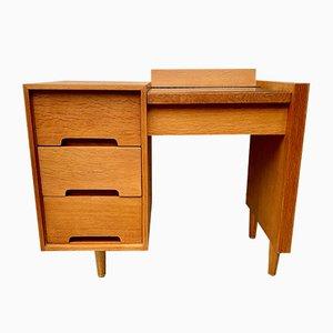 Vintage Schreibtisch mit Schubladen von Stag