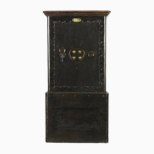 Napoleon III Safe from Delors Paris