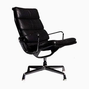 Soft Pad Black EA 216 Armlehnstuhl von Charles und Ray Eames für Herman Miller, 1960er