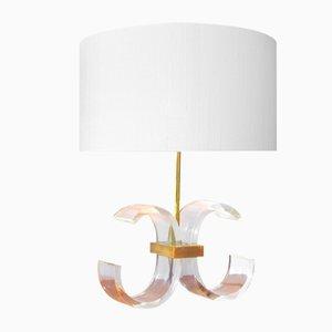 Lámpara de mesa vintage de latón dorado y plexiglás