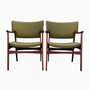 Mid-Century Rosewood Model 4205 Armchairs by Ejnar Larsen & Aksel Bender for Fritz Hansen, Set of 2