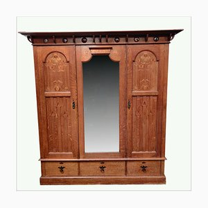 Antiker Arts & Crafts Kleiderschrank von Shapland & Petter of Barnstaple