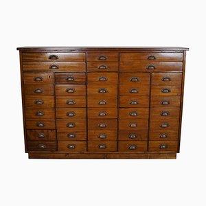 Mueble de farmacia británico de caoba, años 30