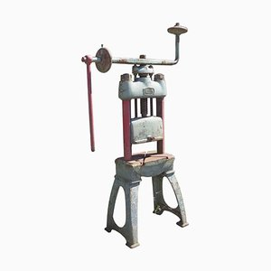 spindle press