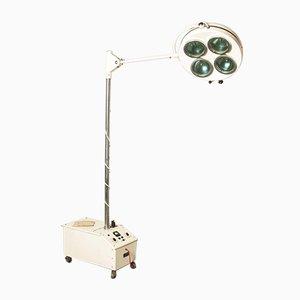 Lampe Industrielle sur le Terrain Vintage