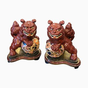 Vintage Ceramic Chinese Pho Dogs Sculptures on Hand Painted Wooden Base, 1950s, Set of 2