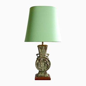 Lámpara de mesa estilo arcaico vintage de bronce de James Mont, años 70