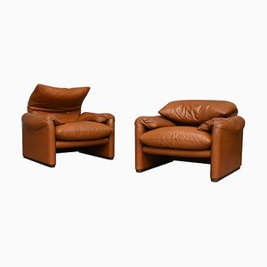 Italian Leather Maralunga Armchairs by Vico Magistretti for Cassina, 1973, Set of 2