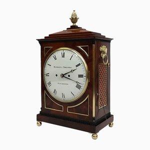 Reloj inglés George III antiguo de caoba de Hampson & Thelwell, década de 1810