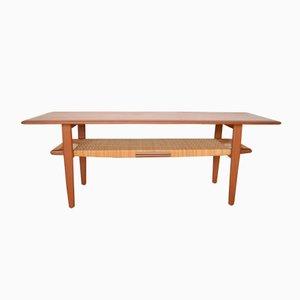 Tavolino da caffè con mensola in vimini di Kurt Østervig per Jason Møbler, anni '50