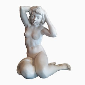 Antique German Hand-Painted Porcelain Seated Female Nude Figurine by Karl Tutter for Hutschenreuther, 1940s