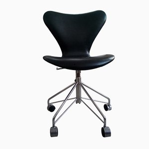 Danish Black Leather Model 3117 Swivel Desk Chair by Arne Jacobsen for Fritz Hansen, 2000s
