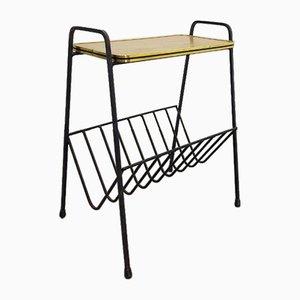 Tavolino vintage in metallo e dorato con portariviste, anni '50