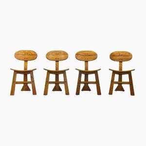 Chaises à Trois Pieds et Table en Chêne Massif, France, 1970s, Set de 5