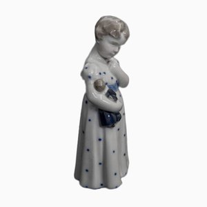 Vintage Porcelain Girl Figurine from Royal Copenhagen, 1920s