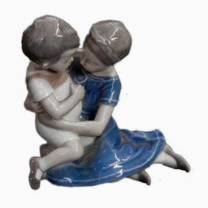 Nr. 1568 Boy and Girl Figurine von Bing & Grondahl, 1980er