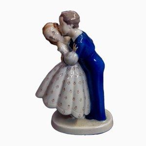 Vintage Nr. 2162 Jugendlicher Mutlos, Junge stiehlt einen Kuss von Girl Figurine von Bing & Grondahl