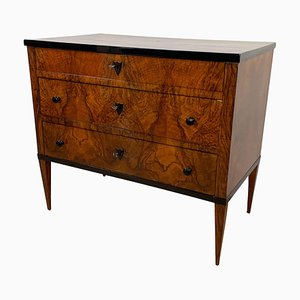 Small German Biedermeier Walnut Veneer Commode, 1820s