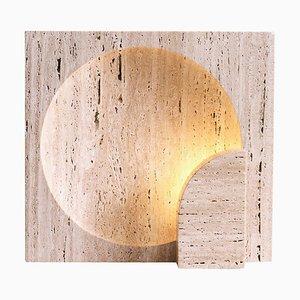 Skulpturelle Travertine Tischlampe aus Holz von Henry Wilson