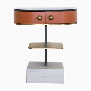Table d'Appoint Invisible en Laiton, Chambres