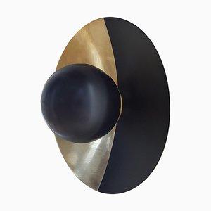 Applique Metropolis Noir, ottone di Jan Garncarek