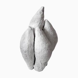 Stampa raffigurante ceramica in porcellana di Jojo Corvaià, bianco