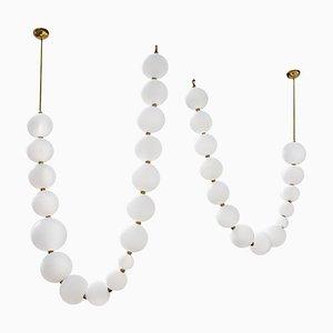 Paar Hängelampen mit Perlenkette, Ludovic Clément d'Armont