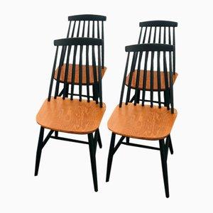 Sillas de comedor con respaldo de barrotes al estilo de Ilmari Tapiovaara, años 60. Juego de 4