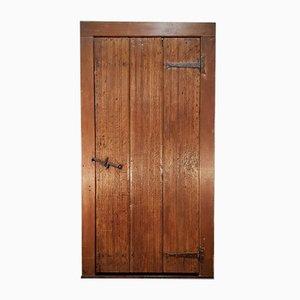 Tür aus Eiche mit Rahmen aus gemauertem Eichenholz aus dem 17. Jh