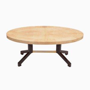 Tavolo da pranzo ovale in pelle di capra laccata beige di Aldo Tura, anni '70