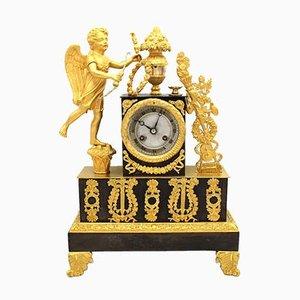 Empire Tischuhr aus vergoldeter Bronze, 19. Jh