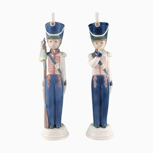Vintage Spanish Porcelain Figurines of Guard Boys from Lladro, Set of 2