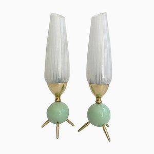 Lámparas de mesa Mid-Century de vidrio verde y latón al estilo de Stilnovo, años 50. Juego de 2