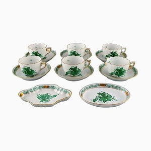 Herend Chinese Bouquet Coffee Service for Six People in Porcelain, Set of 14