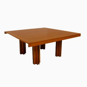 Mesa de comedor modelo Quatour italiana de madera de pino de Carlo Scarpa para Gavina, años 70