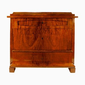 Early-19th Century Biedermeier Mahogany Commode, Berlin, 1820s