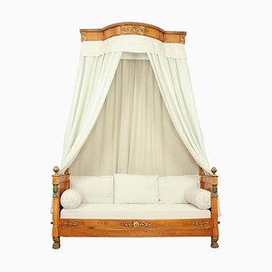 French Empire Walnut Egyptian Revival Daybed with Demilune Canopy, 1815