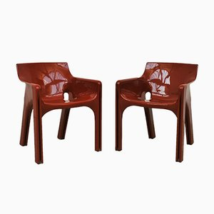 Red Gaudi Lounge Chairs by Vico Magistretti for Artemide, 1970s, Set of 2