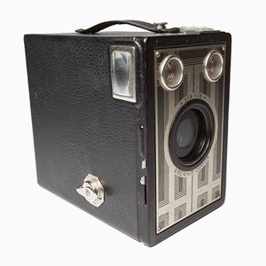 6-16 Brownie Junior Camera from Kodak, 1930s